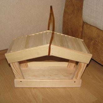Кормушка открытая деревянная