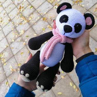 Пандочка, вязаная игрушка, оригинальный подарок для близкого человека