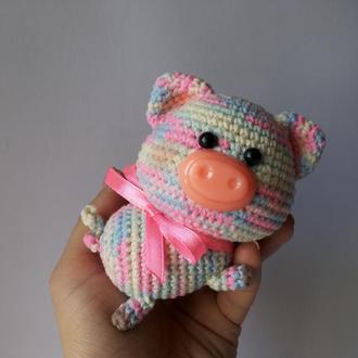 Радужная маленькая игрушка Поросенок
