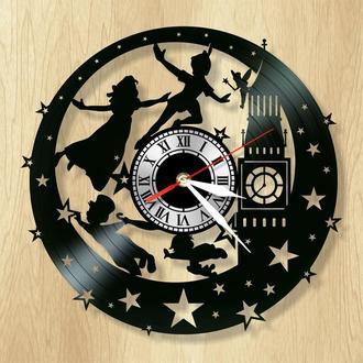 """Виниловые настенные часы """"Питер Пэн"""" - волшебный сказочный подарок для девочек и мальчиков."""
