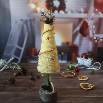 Желтая плюшевая новогодняя елочка