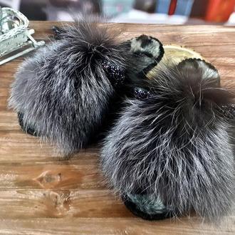 Меховые домашние теплые тапочки с парчовыми ушками