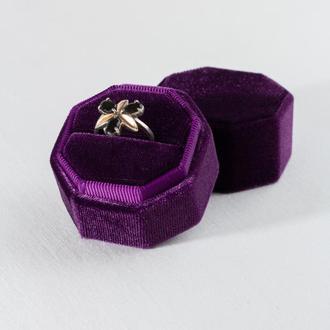 Бархатная коробочка для кольца (цвет Grape Royale)