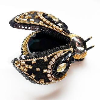 Брошь жук Золотий жук Брошка чорний жук Подарок на Новий год Елегантное украшения