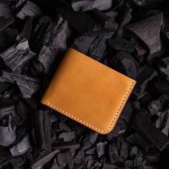 Мужской кошелек  от мастерской Hidemont в желтом цвете