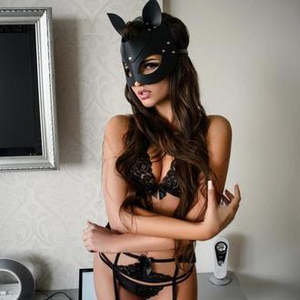 Кожаная маска с ушками котика на застежке