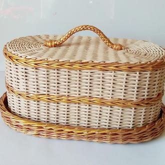 Хлебница плетеная из бумажной лозы.