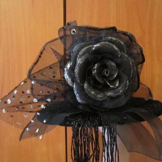 Шляпка сценическая,черная.