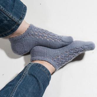 Короткие вязаные носки в обувь