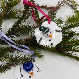 Декор на елку снеговики