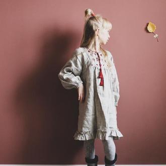 Льняное платье с  вышивкой для девочки, с длинным рукавом в стиле этно