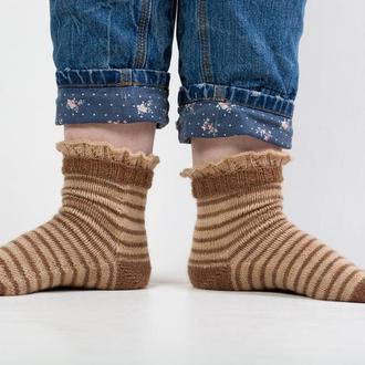 Полосатые носочки с рюшами для девушки