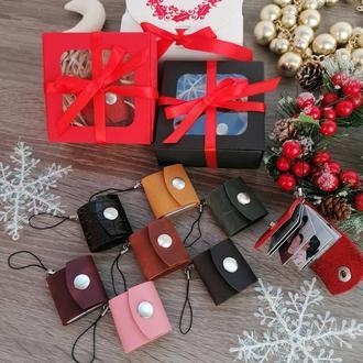 Кожаный брелок, кожаный фото-брелок, подарок на Новый Год, подарок на День Рождения