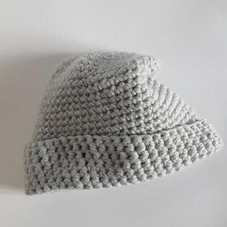 Шапка женская. Серая шапка. Шапка женская бини вязаная крючком. Теплая шапка-бини (шапка-носок)
