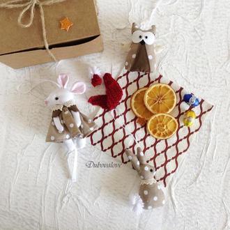 Набор новогодних елочных текстильных игрушек (3 игрушки в коробочке). Коричневый в горошек