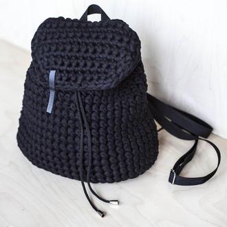 Рюкзак на затяжках черный