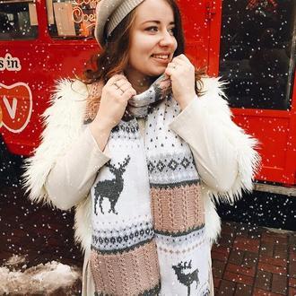 Вязаный шарф с оленями Гаспар