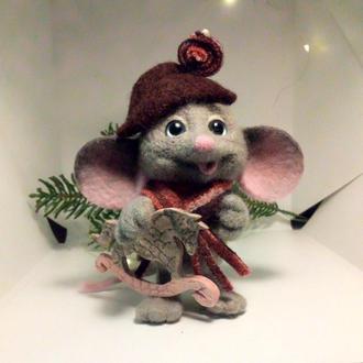 Валяная игрушка мышь Наполеон подарок на новый год символ