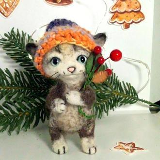 Котик в шапке валяный кот игрушки