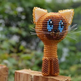 Игрушка Котёнок Гав из бисера ручной работы