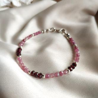 Браслет из розового турмалина(рубеллита) и граната на серебряной застежке
