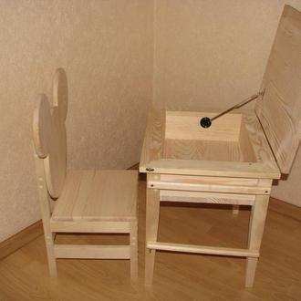 Комплект деревянной детской мебели (столик и стульчик)