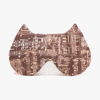 Коричневая маска для сна кошка с нотками