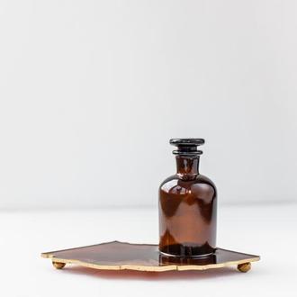 Стеклянная бутылочка с крышкой для арома на подставке из эпоксидной смолы