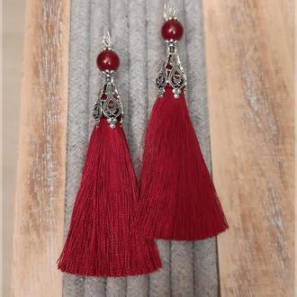 Красные серьги кисти. Длинные красные серьги.
