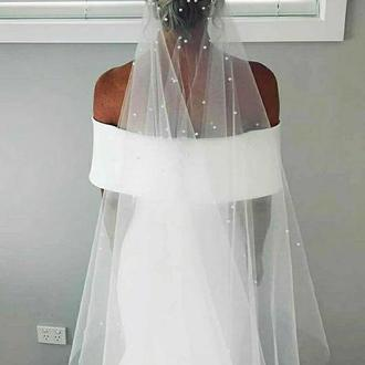 Свадебная фата с россыпью жемчуга