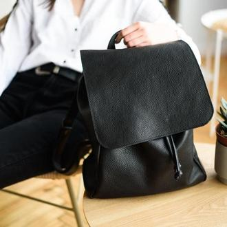 Большой городской кожаный женский рюкзак с клапаном без застежек завязывается на шнурок (арт. 514)