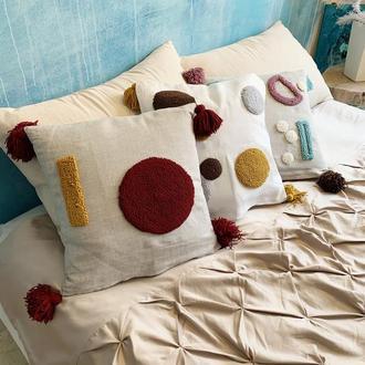 Декоративная стильная подушка