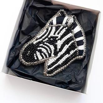 Брошка зебра Гламурная брошь зебра