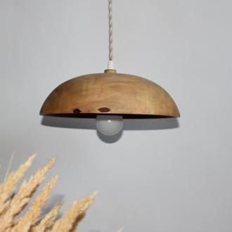 Люстра для кухны з дерева