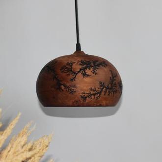 Люстра из дерева для барной стойки