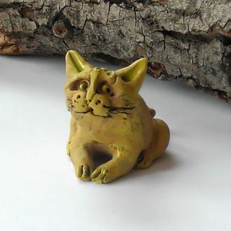 Фигурка жёлтый кот котик