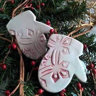 Керамический Новогодний декор варежки