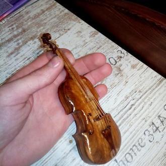V. Скрипка в миниатюре