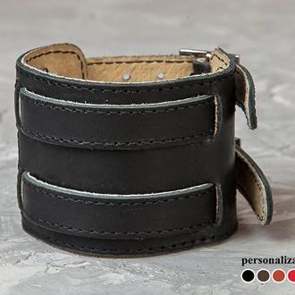 Черный прошитый широкий стильный кожаный браслет с двумя узкими полосами код 6400ст