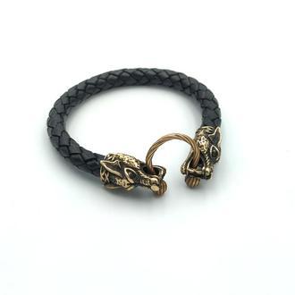 Кожаный браслет с волками мужской