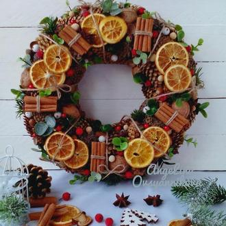 Рождественский венок из натуральных материалов