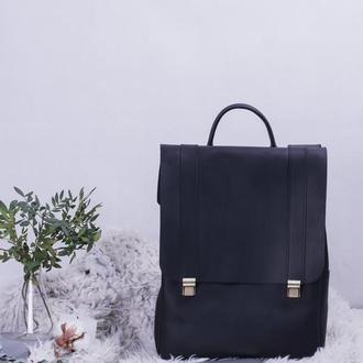 Кожаный рюкзак черный