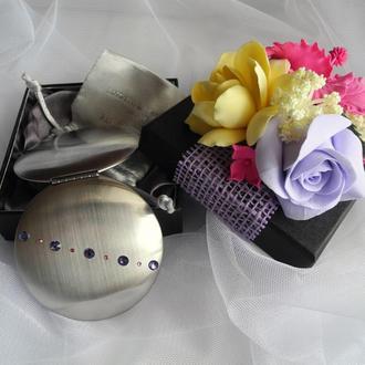 Карманное зеркальце в подарочной упаковке ручной работы