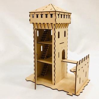 Центральная башня замка