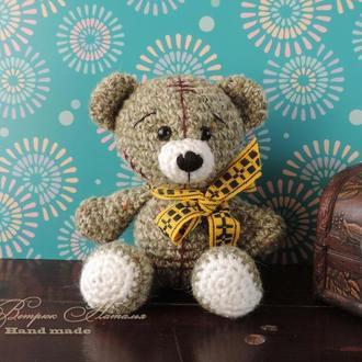 Мишка Тедди вязаная игрушка крючком