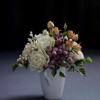 Подарочная цветочная композиция.