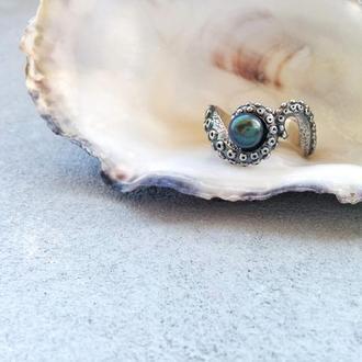 Фредерик, серебряное кольцо-осьминог с жемчужиной