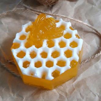 """Мыло медовое """"Пчёлка на сотах"""""""