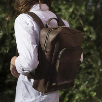 Коричневый кожаный рюкзак на молнии