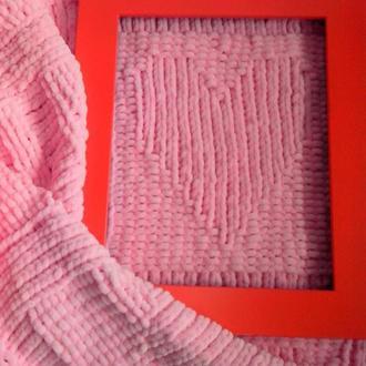 Розовый плед в сердечки спицами